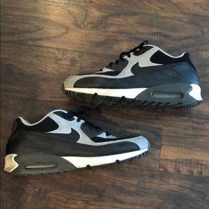 Men's Nike Air Max shoes